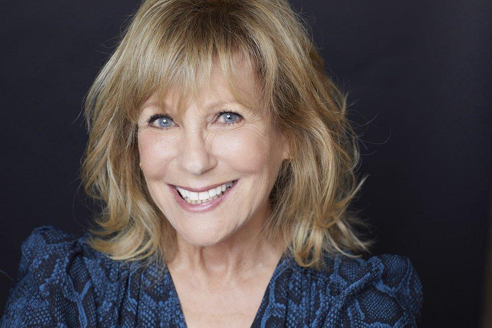 Janice Kent_Headshot 1